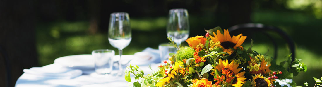 banner-fall-table